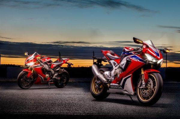 Honda CBR1000RR รุ่นพิเศษ SP และ CBR1000RR ข้อมูล สเปค ราคา ตารางผ่อนดาวน์