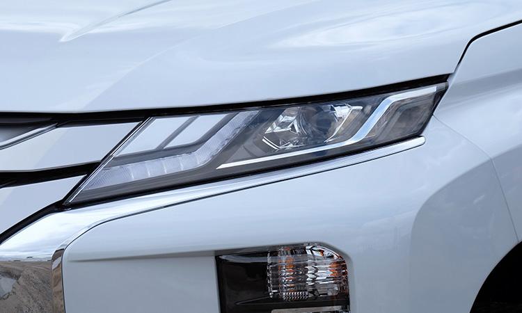 ไฟหน้า Mitsubishi Triton Double Cab