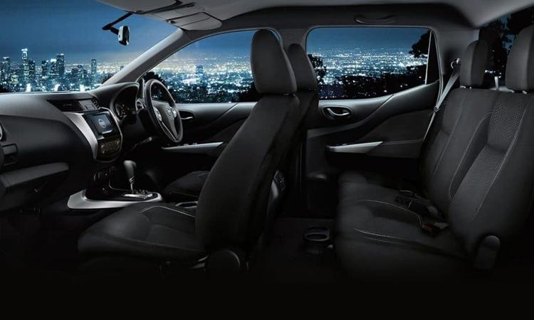 ดีไซน์ภายใน Nissan navara Black Edition