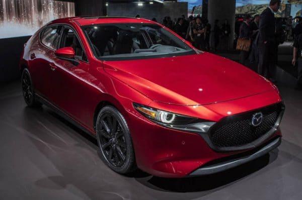 เปิดตัว Mazda3 2019 พร้อมเครื่องยนต์ SKYACTIV-X ใหม่ล่าสุด