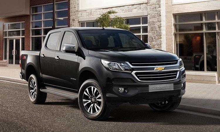 Chevrolet Colorado 4 สีดำ