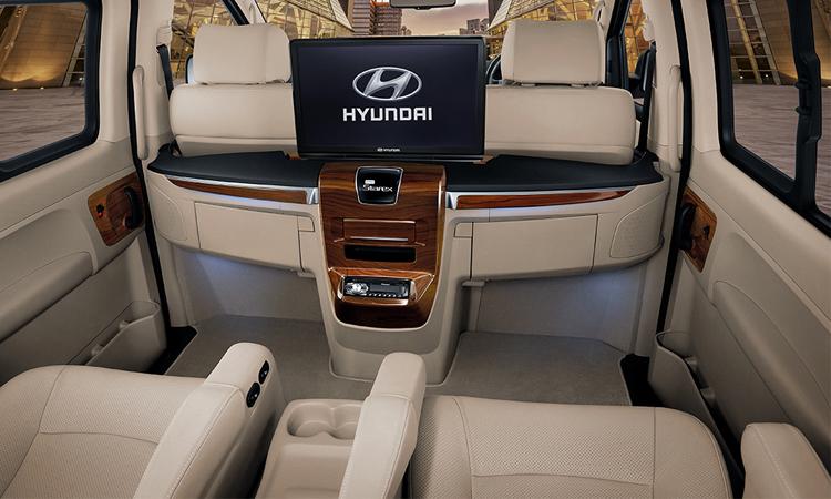 มุมเบาะนั่ง Hyundai Grand Starex