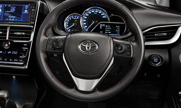 พวงมาลัย Toyota Yaris ATIV