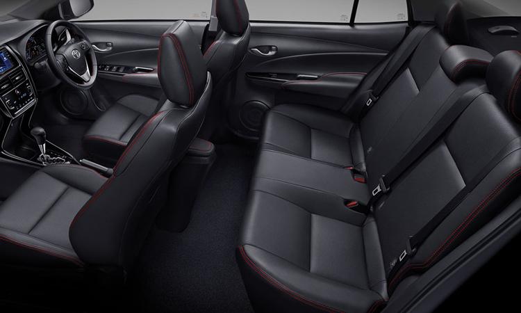 ภายใน Toyota Yaris ATIV