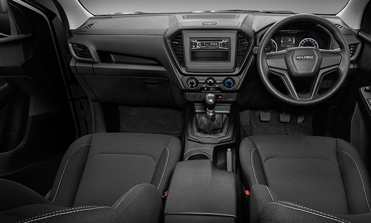 ภายใน ISUZU D-MAX CAB 4 รุ่น 1.9 S 6MT
