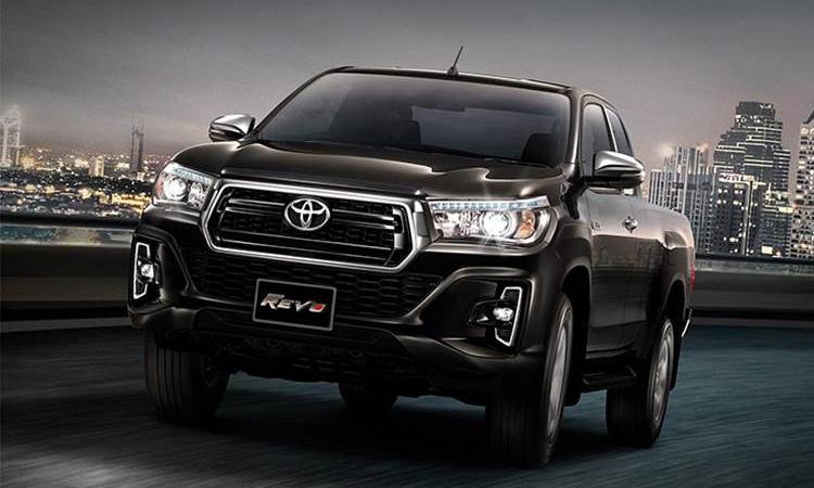 ราคา ตารางผ่อนดาวน์ Toyota Hilux Revo Smart Cab