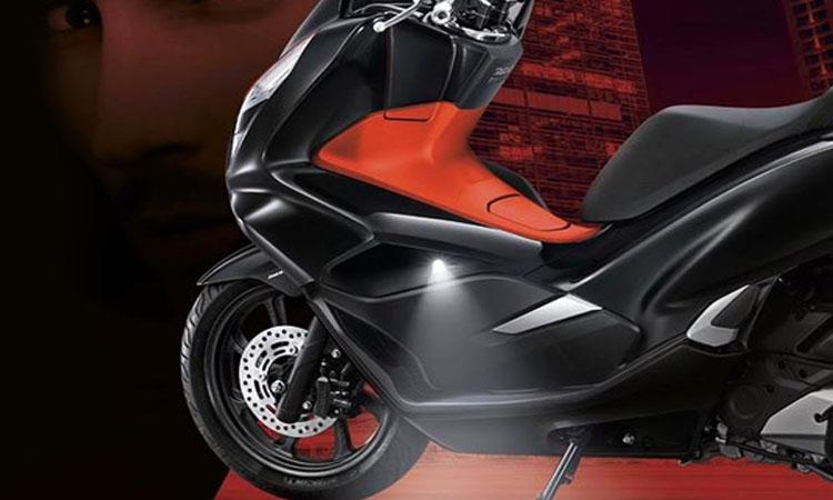 ไฟส่องสว่าง Honda PCX150 2019