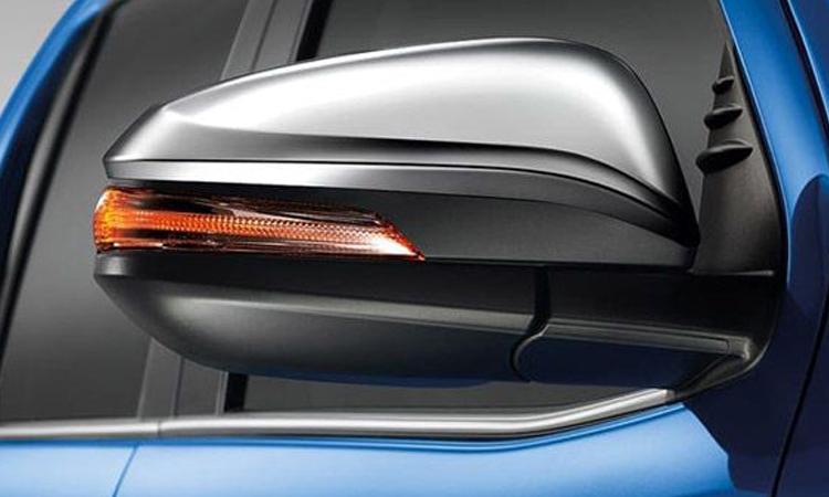 กระจกมองข้างพร้อมไฟเลี้ยว Hilux Revo Double Cab
