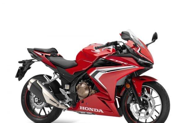 Honda CBR500R มาพร้อมฟังก์ชั่นจัดเต็ม ขับขี่สนุกได้อย่างมั่นใจ ราคาเริ่มต้นที่ 217,000 บาท