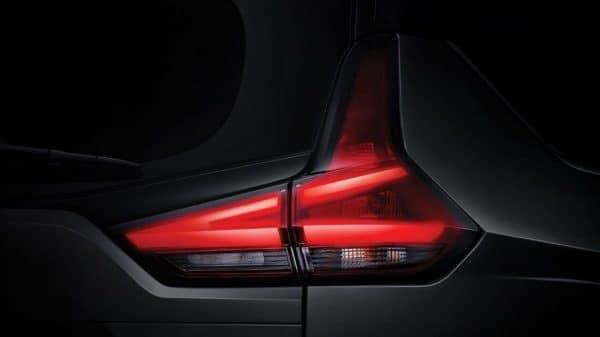ไฟท้าย Nissan Livina