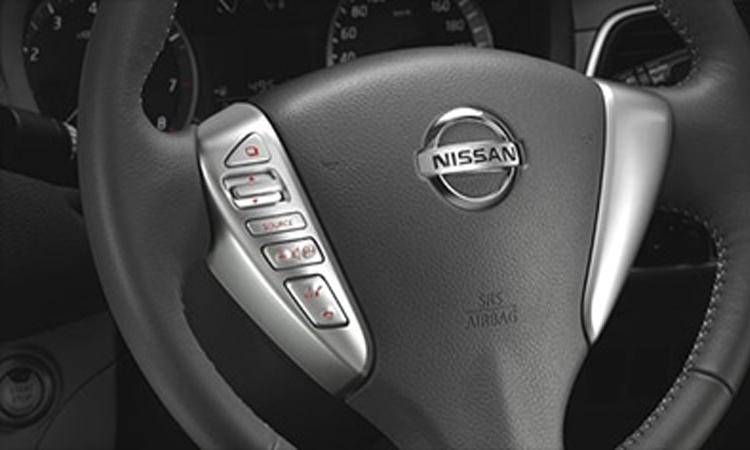 พวงมาลัย Nissan Sylphy