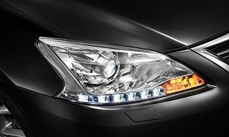ไฟหน้า Nissan Sylphy