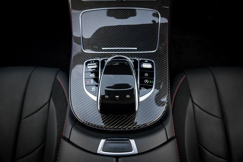 ระบบเบรก Adaptive Brake พร้อมฟังก์ชั่น Hold