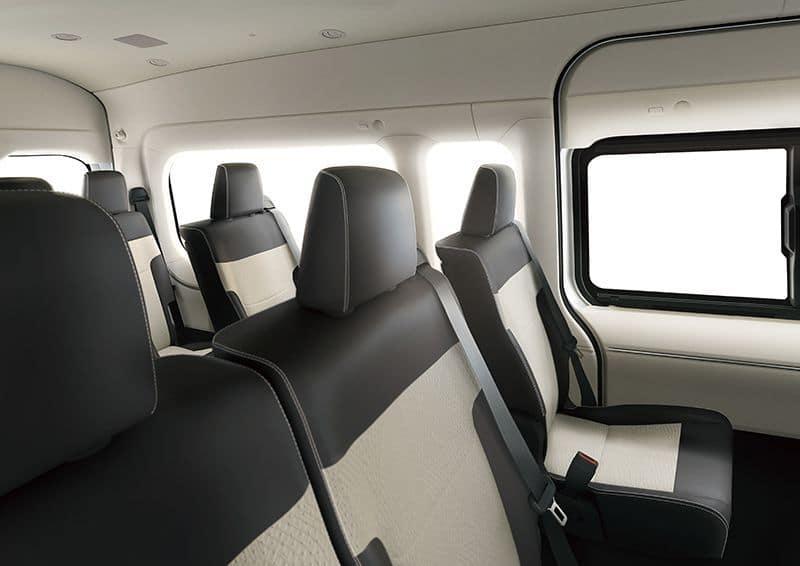 เบาะนั่งผู้โดยสารToyota Commuter 2019