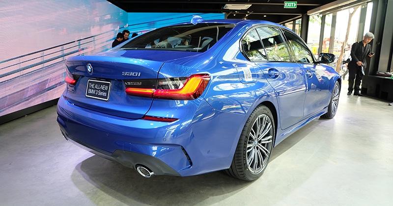 ด้านหลัง ALL-NEW BMW 330i M Sport