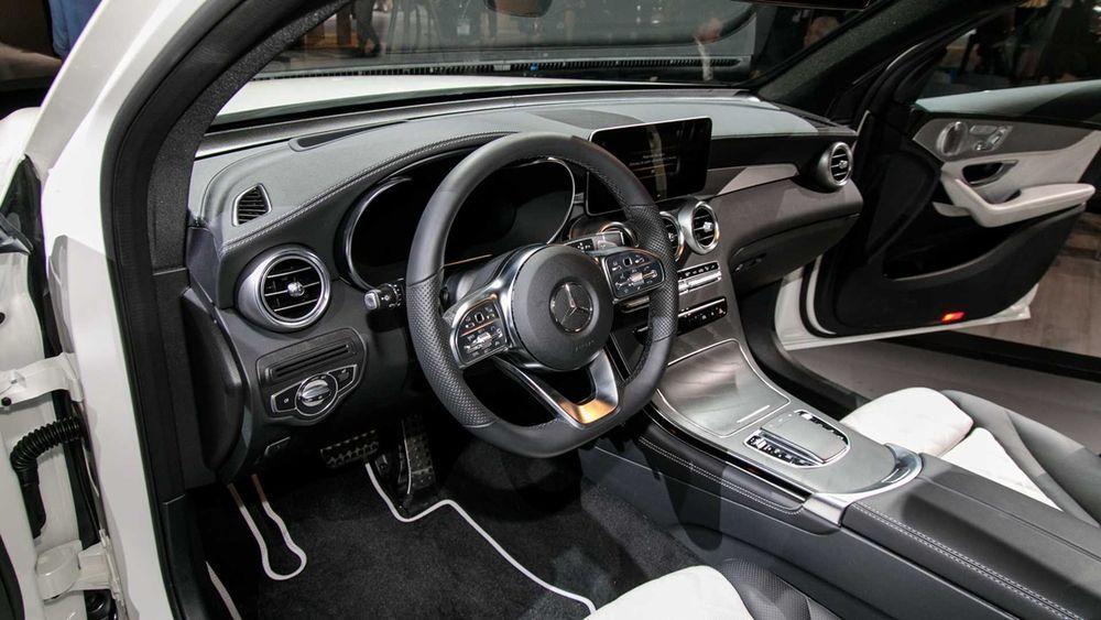 ด้านในMercedes-Benz GLC Coupe