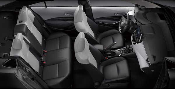 ห้องโดยสารToyota Corolla Altis 2019