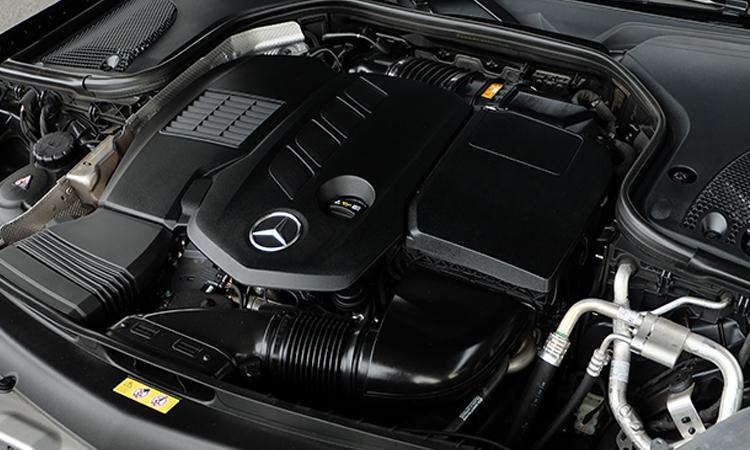 เครื่องยนต์ Mercedes-Benz CLS 300 d AMG Premium