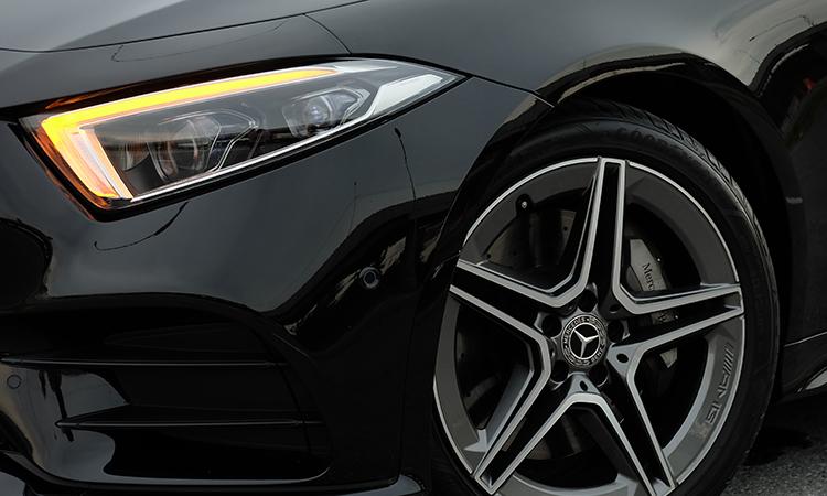 ไฟหน้า Mercedes-Benz CLS 300 d AMG Premium