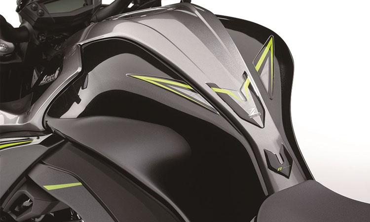 ตัวถัง Kawasaki Z1000R