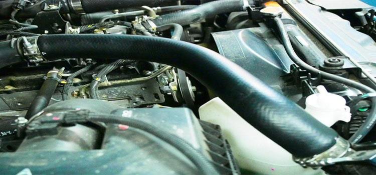 ท่อยาง ในจุดต่างๆ ของเครื่องยนต์