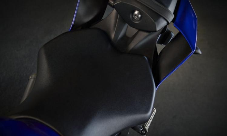 เบาะ Yamaha YZF-R6