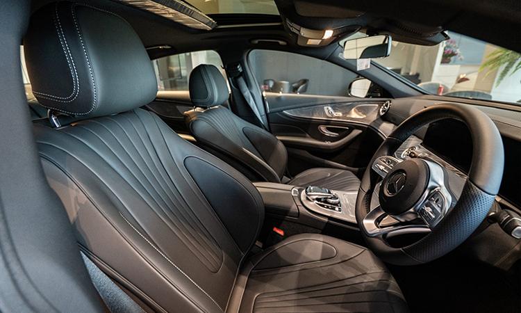 เบาะคู่หน้า Benz CLS 300 d AMG Premium