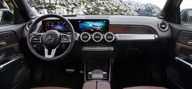 ภายในMercedes Benz GLB SUV