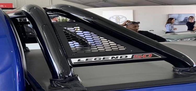 ใหม่ Toyota Hilux Legend 50