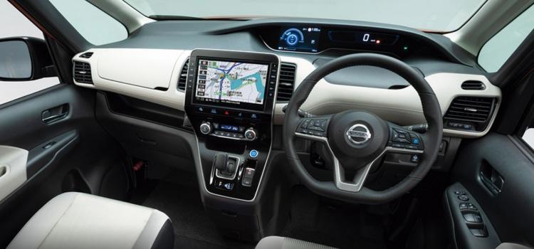 ภายใน Nissan Serena Faceift