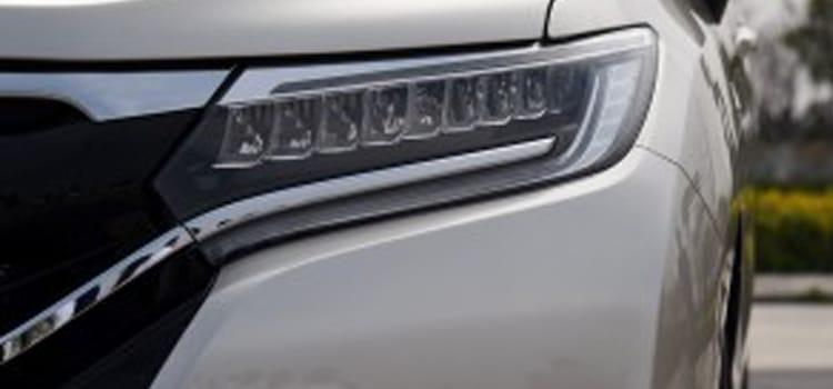 โมไฟหน้า ภายนอก ของ Honda UR-V SUV