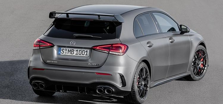 มุมท้าย Mercedes-AMG A 45 และ CLA 45