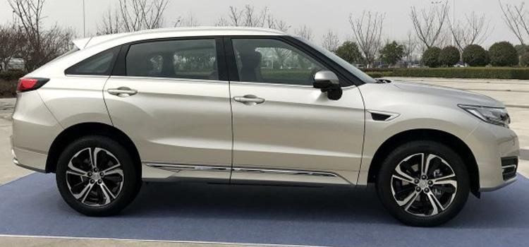 ภายนอก ของ Honda UR-V SUV