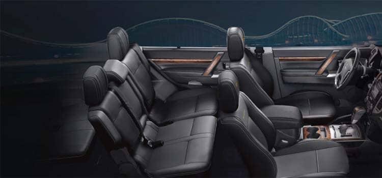 ภายใน Mitsubishi Pajero 2020