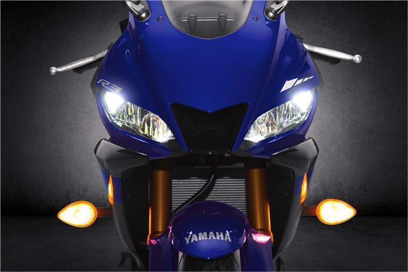 ไฟหน้า Yamaha YZF R3