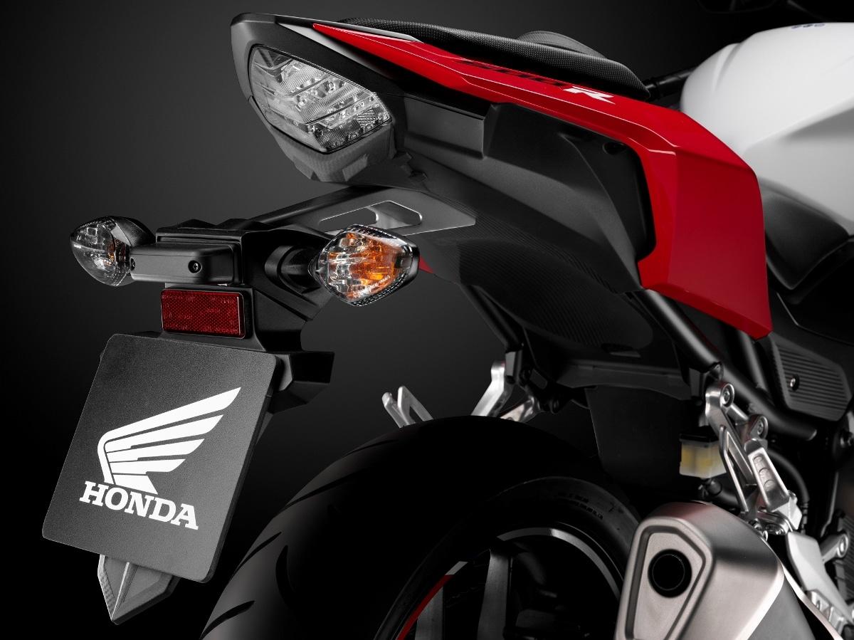 Honda CBR500R มาพร้อมฟังก์ชั่นจัดเต็ม ขับขี่สนุกได้อย่างมั่นใจ ราคาเริ่มต้นที่ 217,000 บาท 1