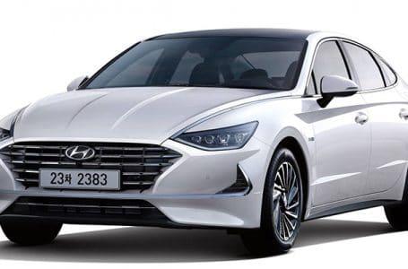 Hyundai Sonata Hybrid ที่มาพร้อมกับหลังคา Solar ชาร์จพลังงานจากแสงอาทิตย์