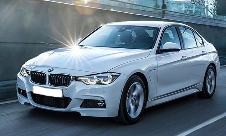 BMW Series 3 330e Sport ซีรีส์3 ปี 2018 ราคา 2,359,000 บาท