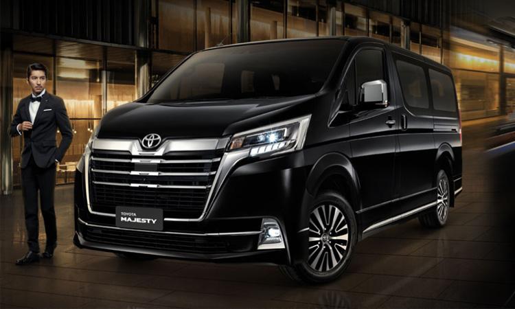 ราคาตารางผ่อนดาวน์ NEW Toyota Majesty ปี 2020 - 2021
