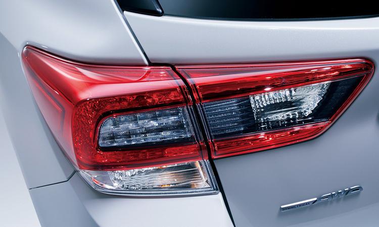 ดีไซนืไฟท้าย Subaru Impreza
