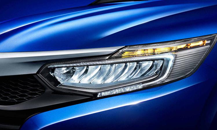 ดีไซน์โคมไฟหน้า Honda Cride