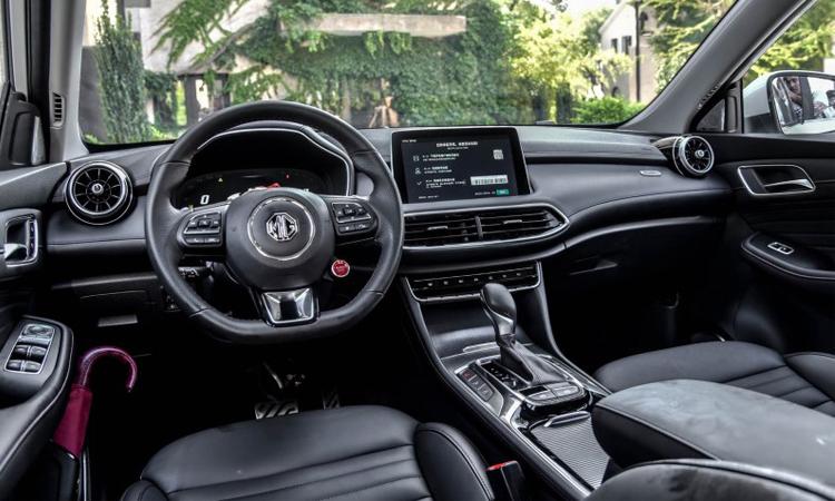 ดีไซน์ภายใน All NEW MG HS Compact SUV