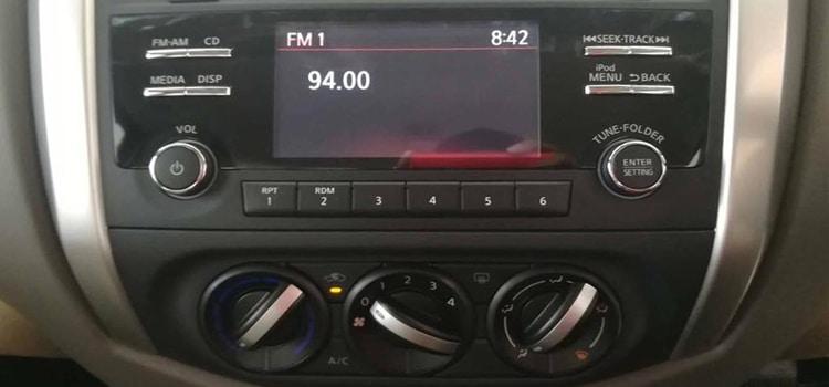 จอ LED ในรถ Nissan Navara King Cab 2.5 S 6MT ตัวเตี้ย