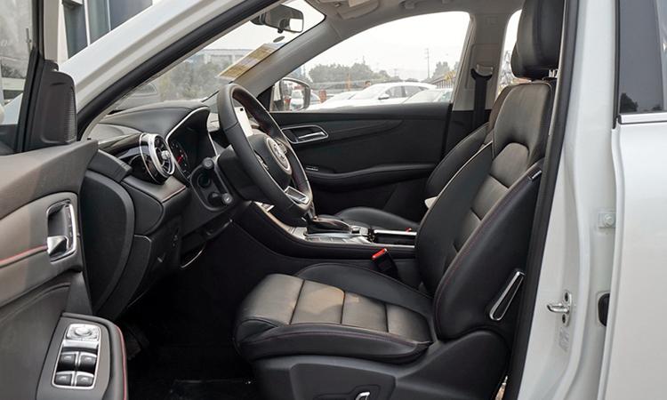 การออกแบบภายใน All NEW MG HS Compact SUV