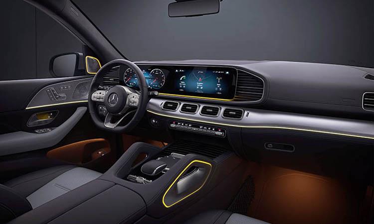 ดีไซน์ภายใน Mercedes-Benz GLE 300d 4MATIC AMG Dynamic