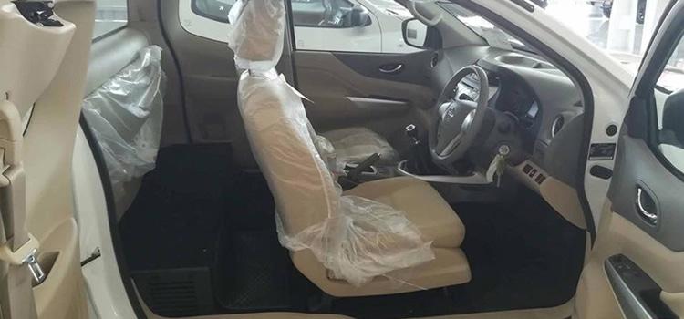 ภายใน Nissan Navara King Cab 2.5 S 6MT ตัวเตี้ย