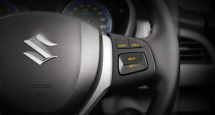 ปุ่มมัลติควบคุม Suzuki S-Cross