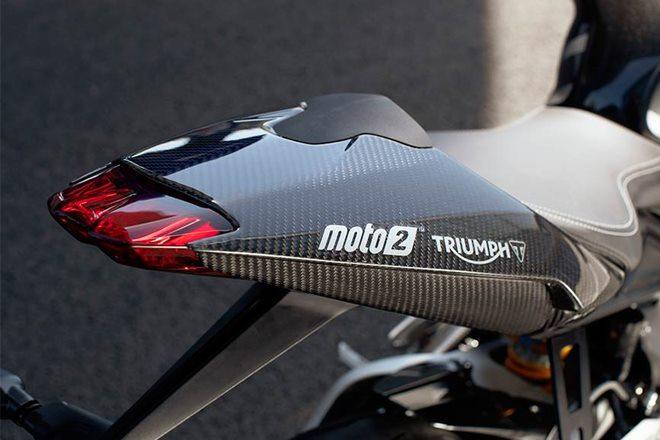 Triumph Daytona 765-7