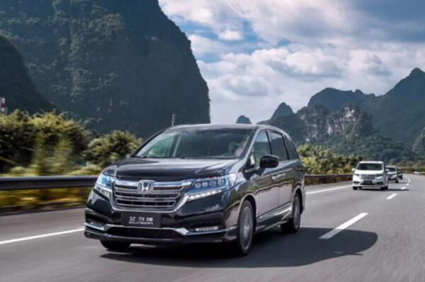 เผยโฉม new Honda Elysion Hybrid รถ MPV 7 ที่นั่งเปิดตัวในเมืองจีน