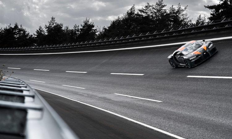 ส่งต่อความแรงให้ Bugatti Chiron Super Sport 300+ รุ่นพิเศษ ผลิตจำกัด 30 คัน 8